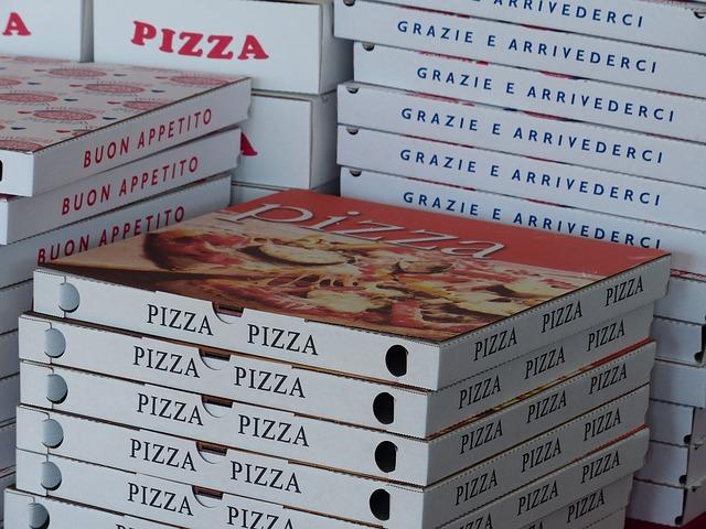 krabice na pizzy